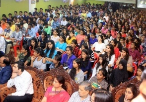 National & International Guest Lectures